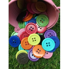MC222: Dyed Flat Round Buttons 25x3mm, 10 pieces [ C2 ]