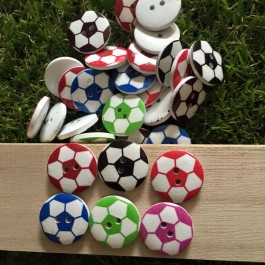 MC575: Football Wooded Button 20mm, 50 pieces [ B1 ]