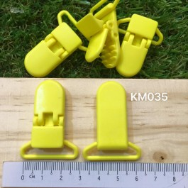 KM035: YELLOW: Baby Pacifier Clip 30mm, 5 pieces/pack