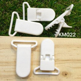 KM022: White: Baby Pacifier Clip 30mm, 5 pieces/pack