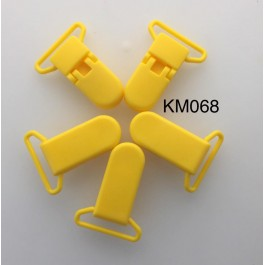 KM068: SUNSET YELLOW: Baby Pacifier Clip 30mm, 5 pieces/pack
