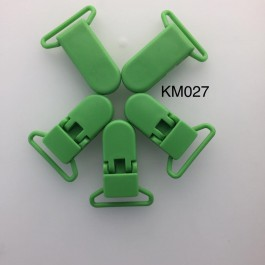 KM027: GRASS GREEN: Baby Pacifier Clip 30mm, 5 pieces/pack