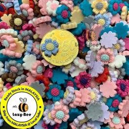 SA455: 50 pieces 10 mm Mini Daisy Resin Flower cabochons DIY Craft Brooch Jewelry Making Accessory [ C9 ]