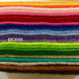 MC698: Mix Acrylic Felt (soft) 30x30cm, 24 pieces