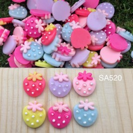 SA520: Strawberry Resin 16x15mm, 25 pieces [ B4 ]