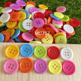 MC757: 100 pieces 17mm Plastic Resin Sewing Button Acrylic DIY Sewing Craft Kids Scrapbook Butang Handmade