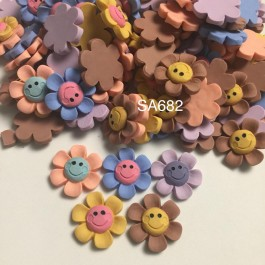 SA682: Smilling Flower Resin 26x24mm, 20 pieces [ A9 ]