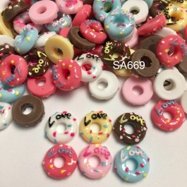 SA669: Mini Donut with Word Love Resin 14x5mm, 20 pieces [ B14 ]