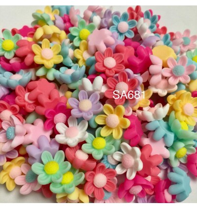 SA681: Flower Opaque Resin 15x14mm, 20 pieces [ B9 ]