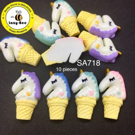 SA718: Unicorn With Ice Cream 31x19mm, 10 pieces [ A8 ]