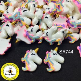 SA744: RAINBOW Unicorn Resin DIY Craft 28x23mm, 5 pieces [ A8 ]