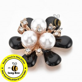 SA795: Black Gold Flower with Rhinestone & Pearl 30.5x27.5mm, 5 pieces [ B12 ]
