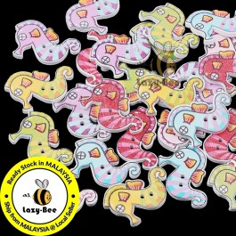 WB136: 50 pieces Sea Horse Wooden Buttons Cute Sewing Baby Craft DIY Scrapbooking Crafts 26.5x21mm [ B3 ]