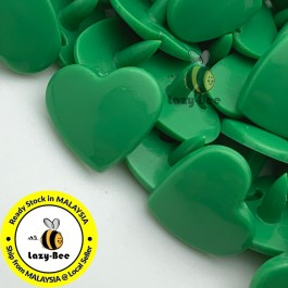 KM306: KELLY GREEN B51 HEART Shape 50 Sets (200 pcs) KAM GLOSSY Snap Button Plastic Fastener DIY Sewing Carft [ L19 ]